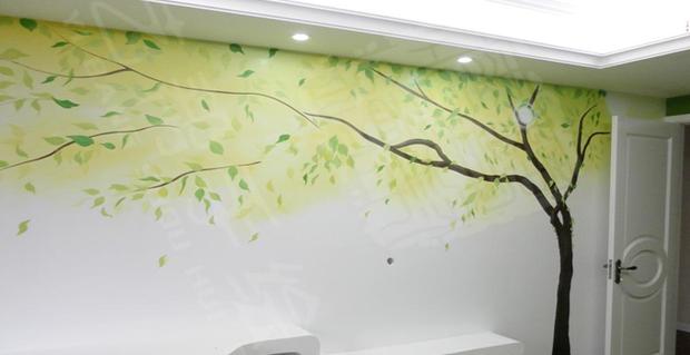 据了解,墙绘采用的是丙烯颜料,它可用水稀释,利于清洗,还能形成坚韧
