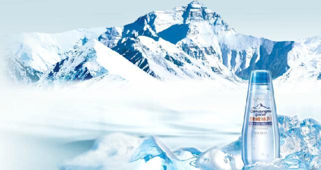 珠峰冰川矿泉水外观